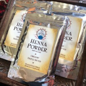 3 packets of Rajasthani henna powder