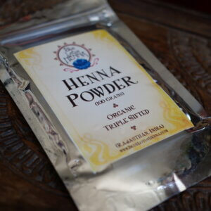 package of 100 grams of henna powder